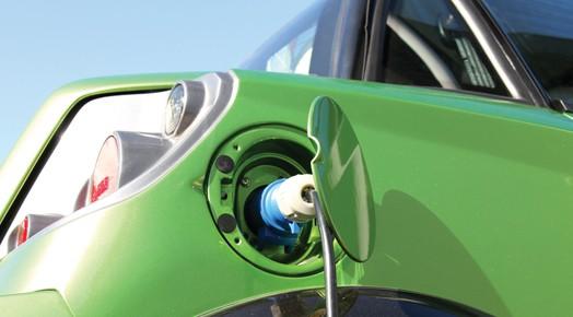 18_Vehicule_electrique_recharge