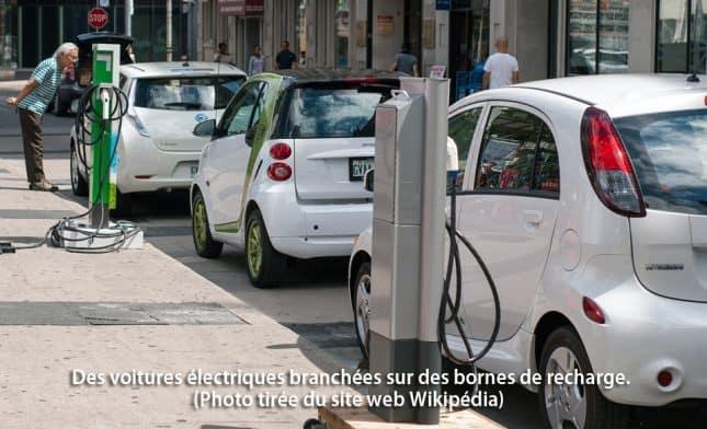 voiture_electrique_borne