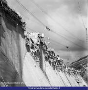 Construction de la centrale Manic-5